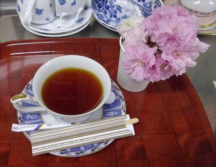 コーヒーと桜